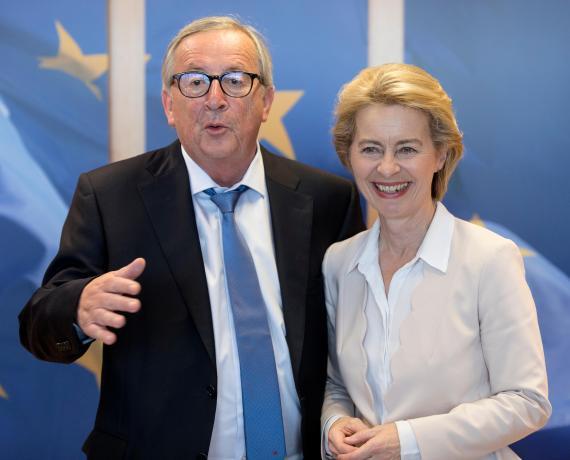 Jean-Claude Juncker called Ursula von der Leyen's vaccine war on Britain 'stupid'