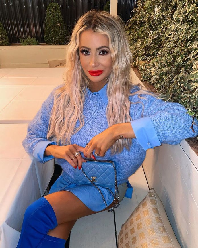 Olivia Attwood has signed a big deal with isawitfirst