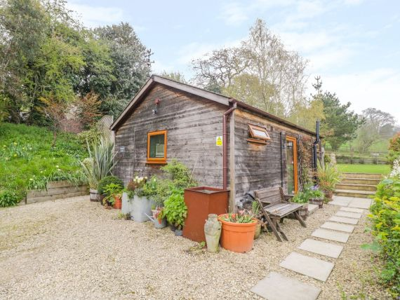 Enjoy privacy close to the tourist attractions of the Cotswolds