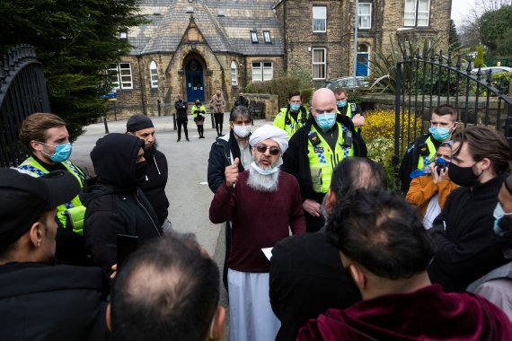 Imam Mohammed Amin Pandor made a statement outside the school