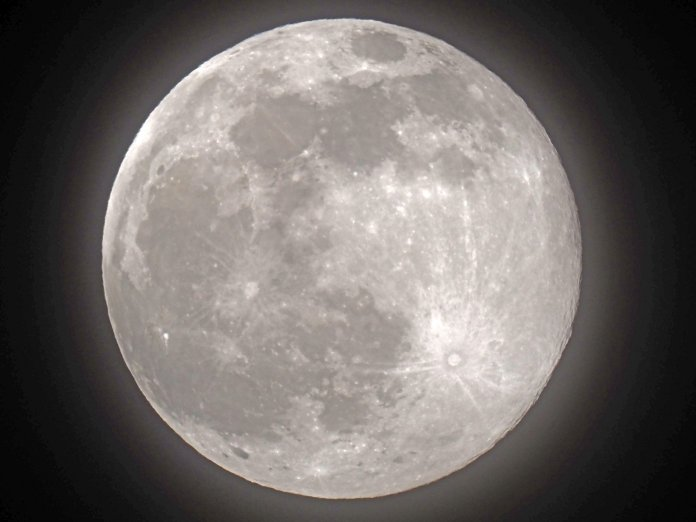 A stunning supermoon - the first of 2021 - has been photographed across the world, including in Sheerness, Kent