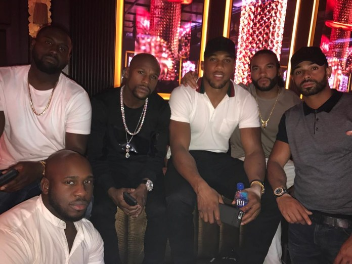 Floyd Mayweather welcomed Anthony Joshua to Las Vegas in 2017