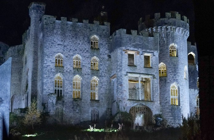 Fans of I'm a Celebrity have been breaking in to Gwrych Castle