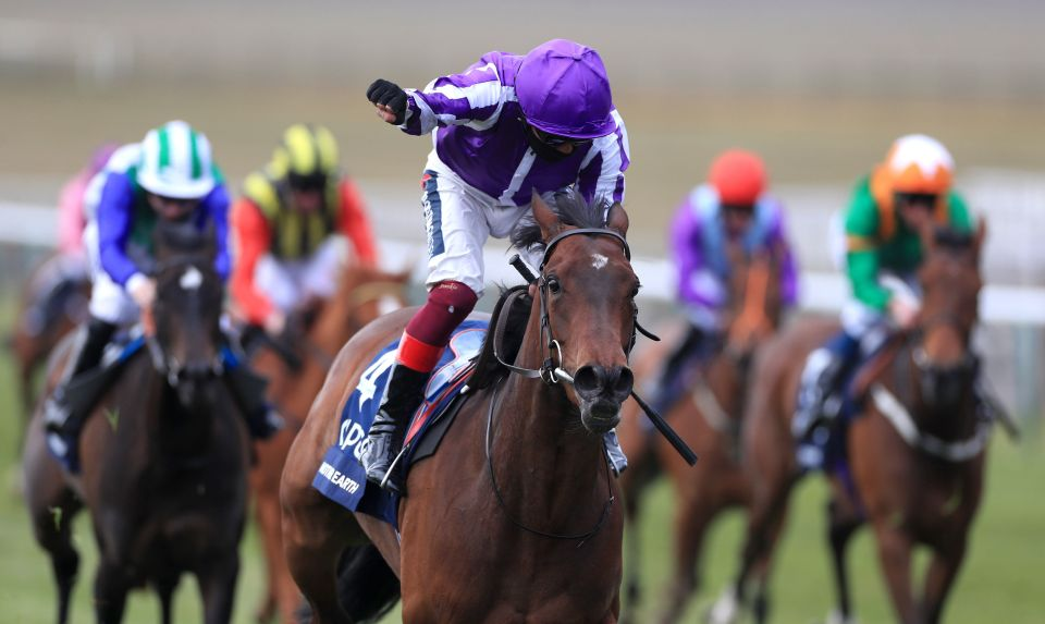 10-1 shot Mother Earth won the 1000 Guineas at Newmarket