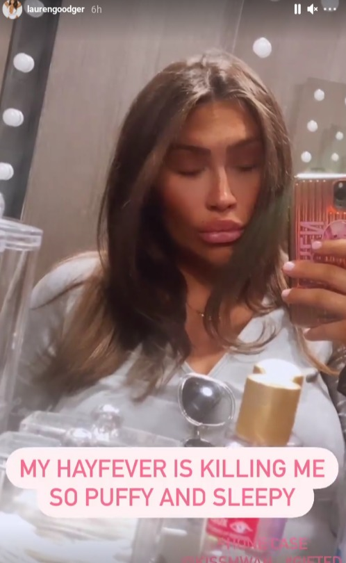 Pregnant Lauren Goodger took to Instagram last night to show off her 'puffy' face