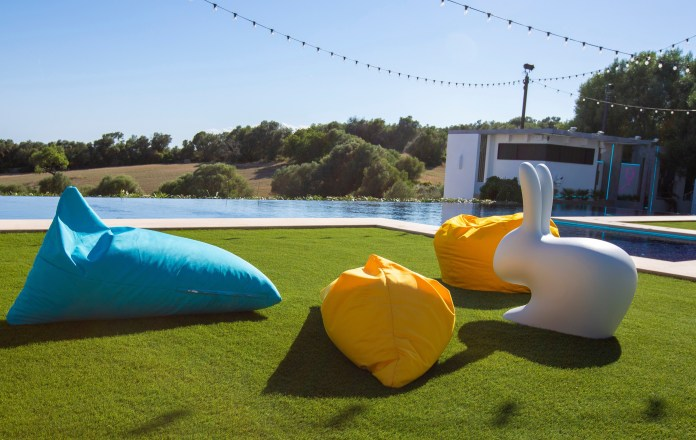 Next to the swimming pool is another big rabbit and some beanbags
