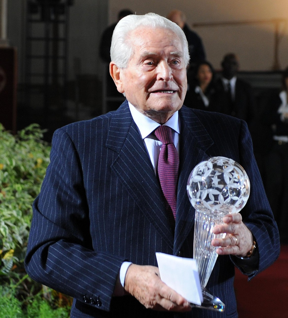 Giampiero Boniperti dead at 92: Juventus legend and club's honorary  president passes away due to heart failure