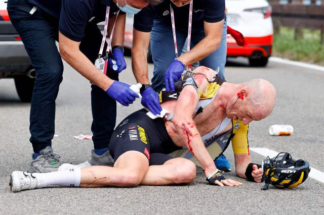 Dutchman Jos van Emden was one of several riders requiring medical assistance at the Giro d'Italia this year