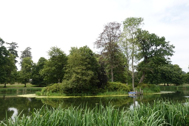 Princess Diana's final resting place is on an island in the middle of a lake at Althorp House in Northampton