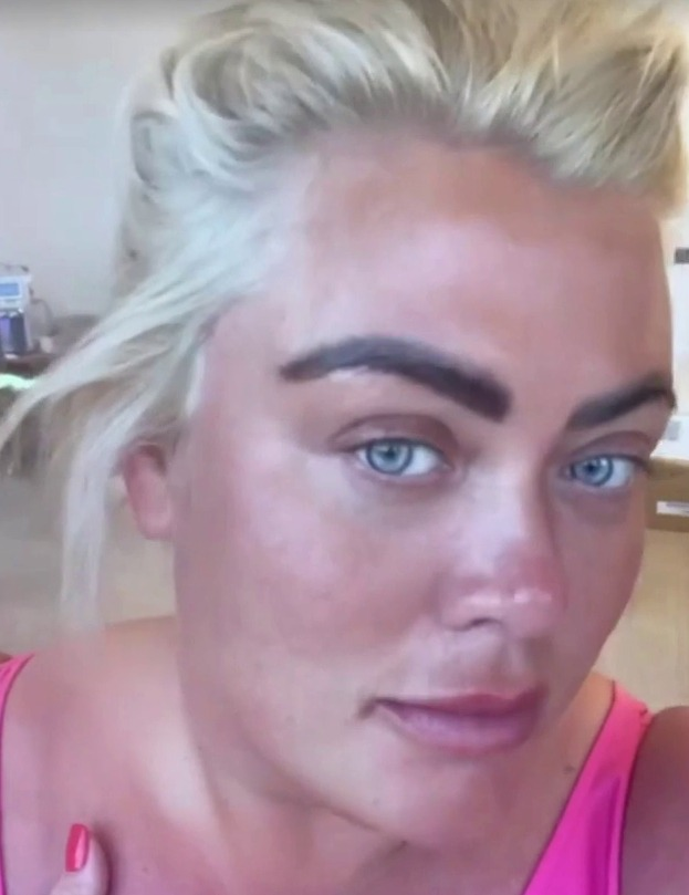 Gemma Collins showed fans the results after her face was deep-cleaned