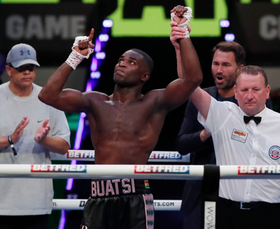 Joshua Buatsi batters Ricards Bolotniks with brutal 11th-round KO to move one step closer to world title fight - 247 News Around The World