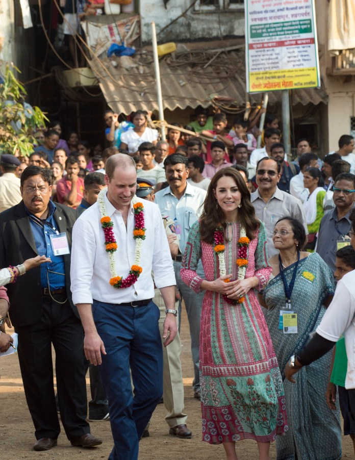 Insider says 'Kate and Wills show how working royals work'