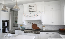 white-craftsman-kitchen