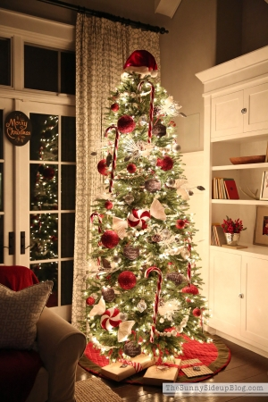 red-and-white-striped-christmas-tree