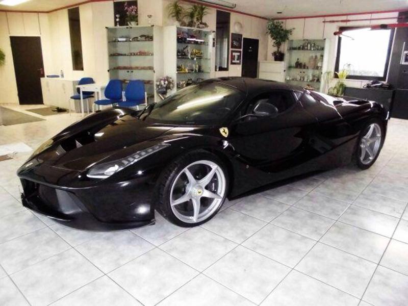 Ferrari LaFerrari for sale in Dubai