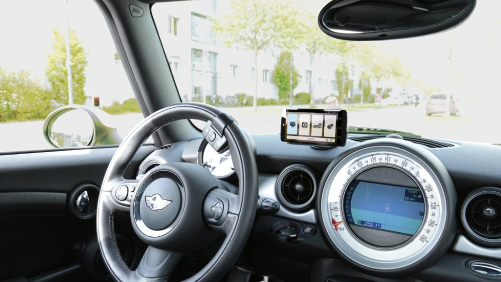 'App Your Car' Bluetooth smartphone system