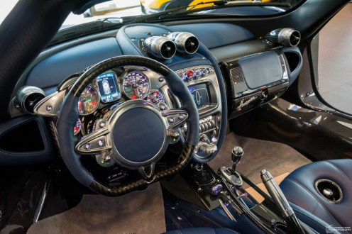 Pagani Huayra 730S Edition interior