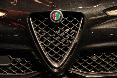 Alfa Romeo Giulia- 2016 Detroit Auto Show-3