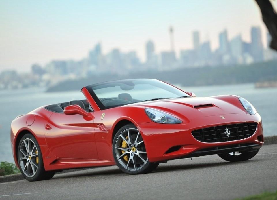 Ferrari California crashed in Brazil