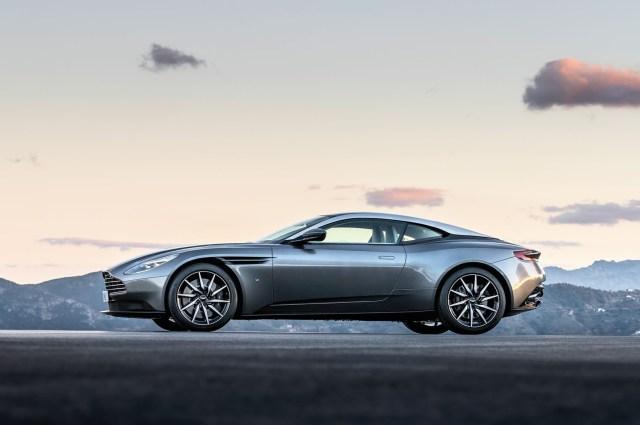 2017 Aston Martin DB11- 2016 Geneva Motor Show-2