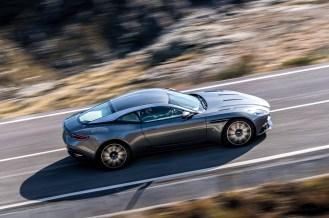 2017 Aston Martin DB11- 2016 Geneva Motor Show-3