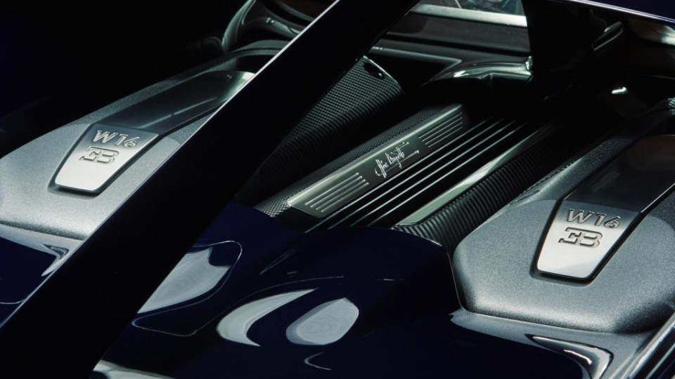 Bugatti Chiron Official Image- 2016 Geneva Motor Show-10