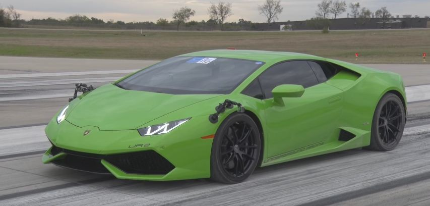 Twin-Turbo Lamborghini Huracan half mile world record
