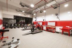 Pune gets its first Ducati dealership-10