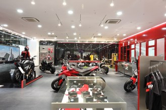 Pune gets its first Ducati dealership-6