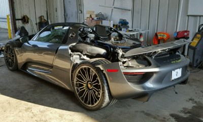 Wrecked Porsche 918 for sale-3