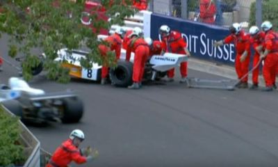 Crane drops McLaren F1 car during Monaco Vintage GP