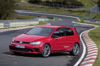 VW Golf GTI Clubsport S- FWD Nurburgring Record-6