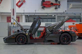 Bare Carbon Fiber Ferrari Enzo For Sale-8