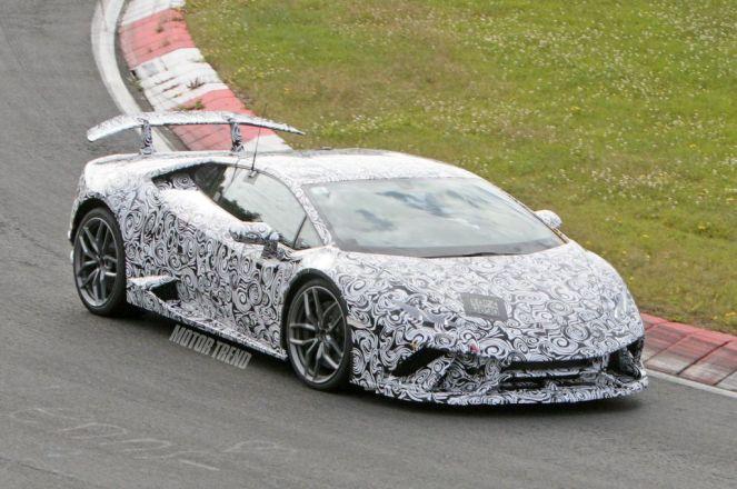 Lamborghini Huracan Superleggera spy shots-1