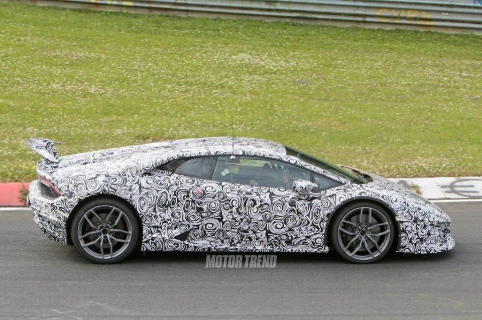 Lamborghini Huracan Superleggera spy shots-3