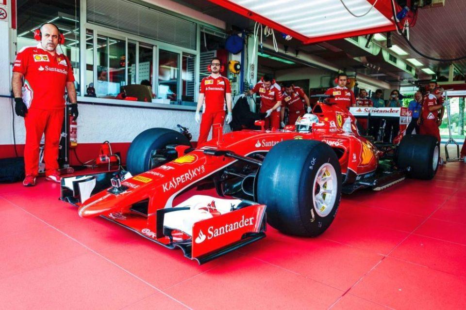 Sebastian Vettel test 2017 Pirelli F1 tires-1
