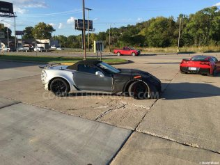 2018-corvette-zr1-convertible-spy-shots-2