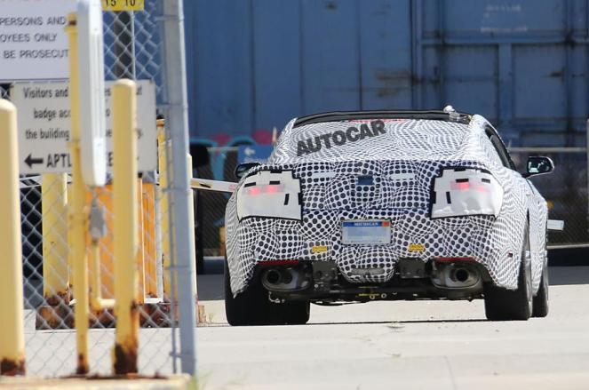 2018-ford-mustang-facelift-spyshots-3