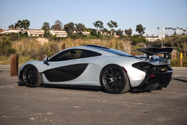 mso-satin-silver-mclaren-p1-for-sale-in-the-us-2