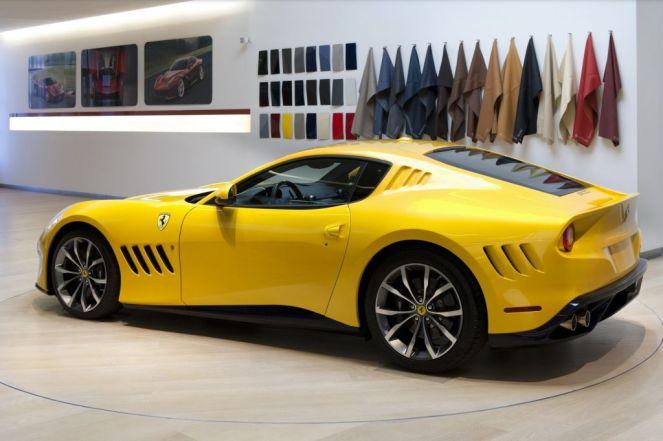 2016 Ferrari SP275 RW Competizione-1