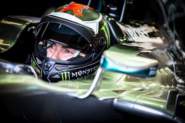 motogp-champ-jorge-lorenzo-tests-hamiltons-mercedes-amg-f1-car-3
