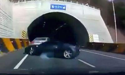 Ferrari 488 GTB wrecked in South Korea