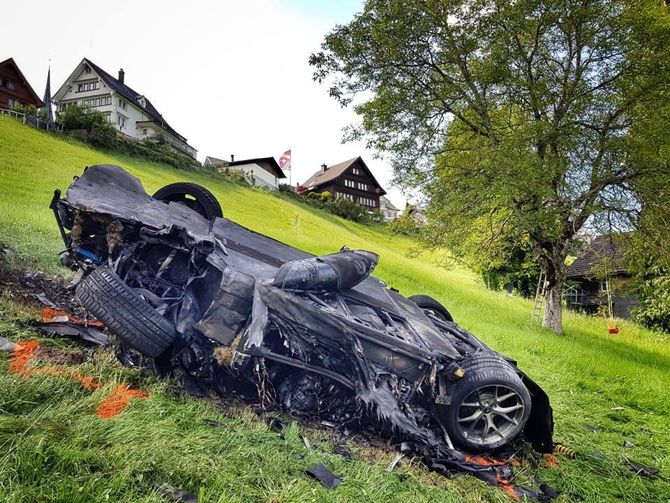 Richard Hammond-Rimac Concept One-Crash-The Grand Tour-1