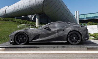 Ferrari 812 Superfast-wind tunnel scale model-auction-1