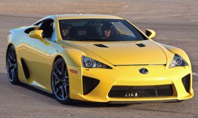 Lexus LFA-yellow