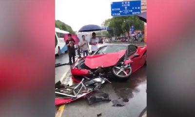 Ferrari 458 Italia-China-Crash