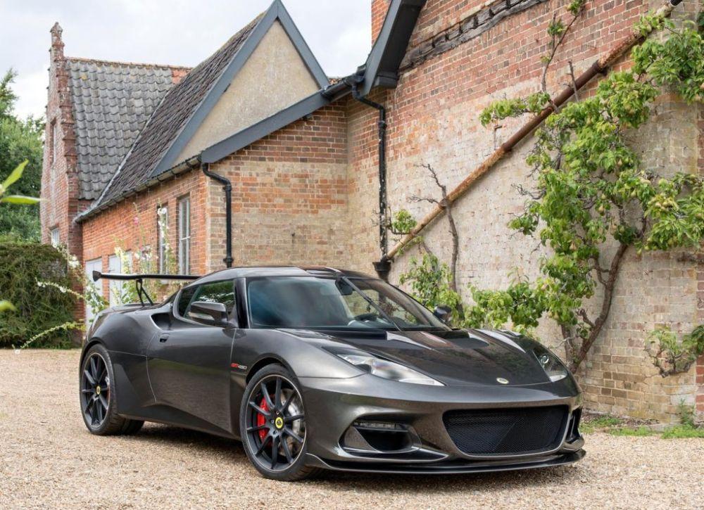 Lotus-Evora-GT430-2018