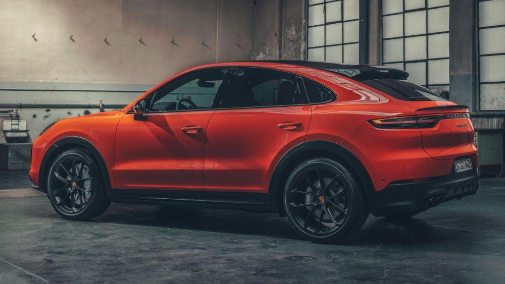 2019-Porsche Cayenne Coupe-1