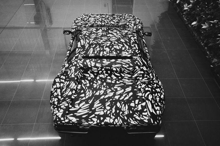 De Tomaso-Geneva-teaser-2