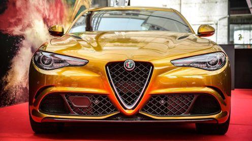 Gold Alfa Romeo Giulia Quadrifoglio-Mille Miglia-3